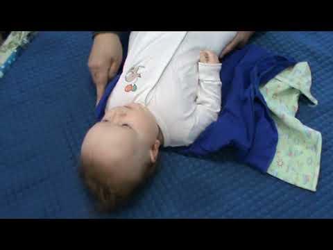 Как запеленать ребенка чтобы не вытаскивал руки