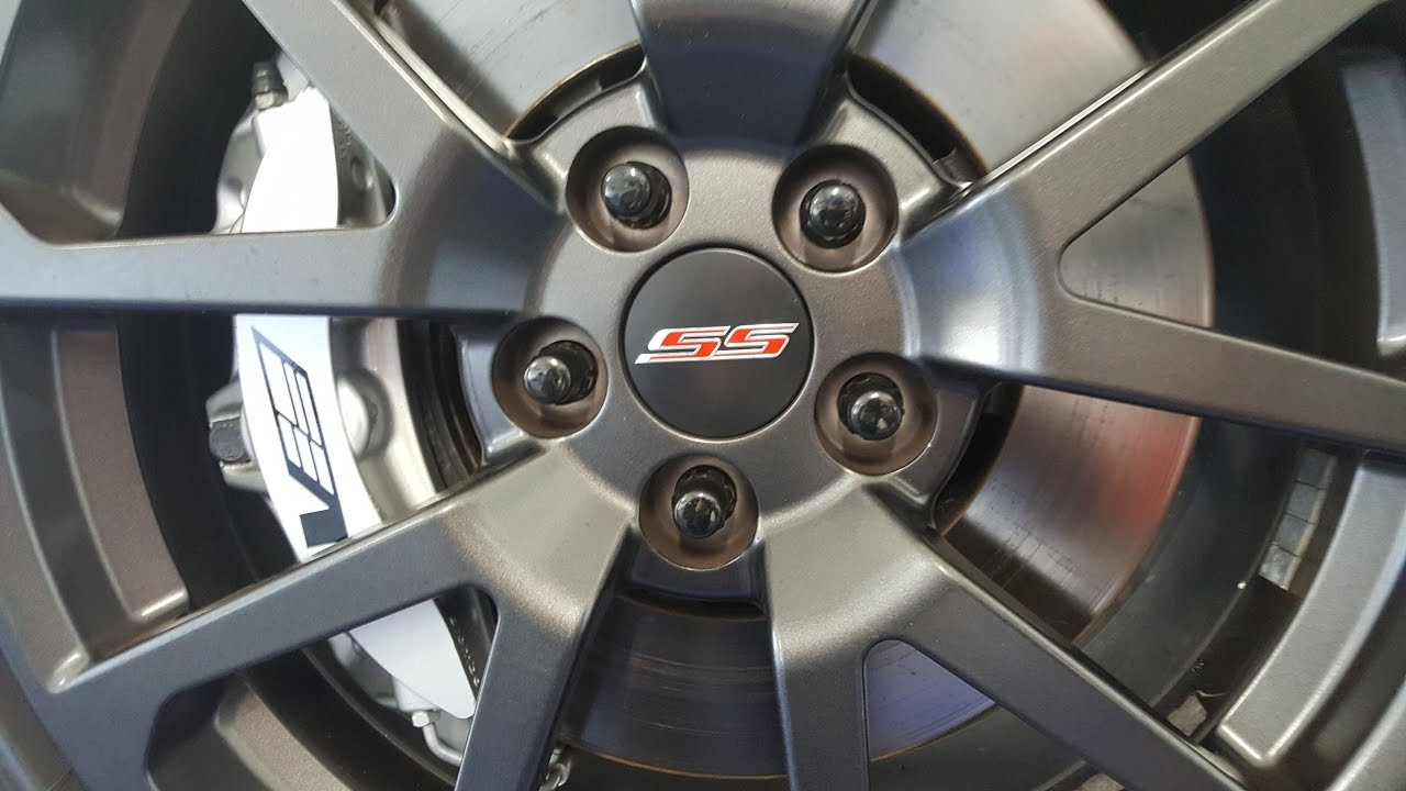 2014 Chevy Ss Cts V Wheel Center Cap Install Youtube
