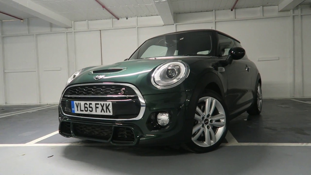 British Racing Green Mini Cooper S 3 Door Hatch