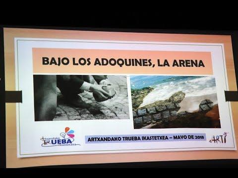 """¡GRAN ÉXITO!  La representación """"BAJO LOS ADOQUINES, LA ARENA"""" triunfa  entre el público del Colegio TRUEBA de ARTXANDA"""