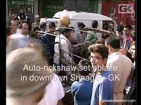 Auto-rickshaw set ablaze in downtown Srinagar