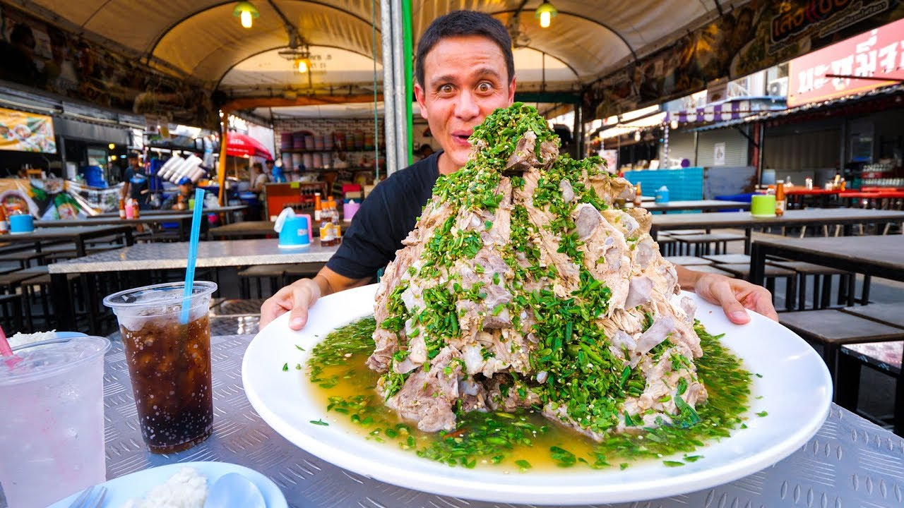 The MOST INSANE Street Food in Thailand!