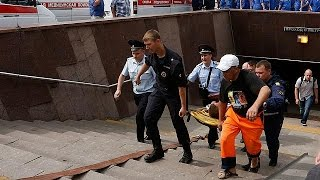 Жертвами трагедии в московском метро стали 12 человек - МЧС