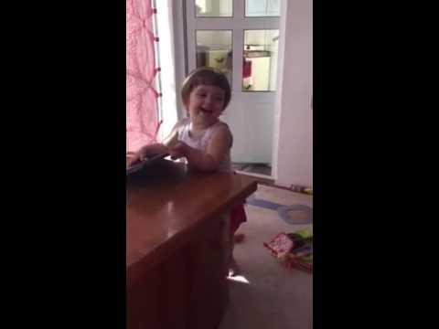 FUNNY BABY | ANGELA MERKEL