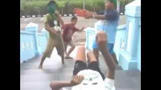 Harlem Shake Versi Anak Teratai Di Monumen Ngoto