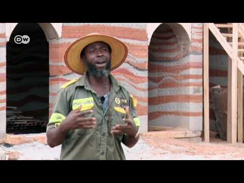 Building Green Homes out of Mud in Ghana [2018]