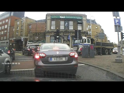 Dash Cam Ireland - Camden Street and Richmond Street in Dublin