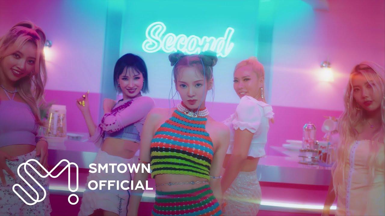 Download HYO 효연 'Second (Feat. 비비 (BIBI))' MV