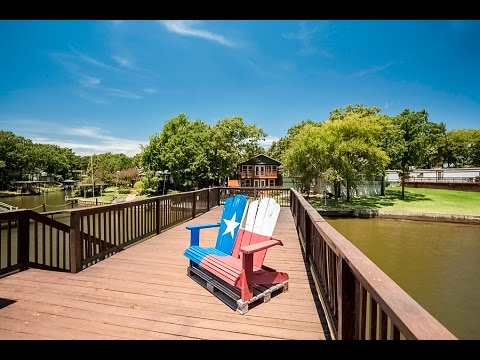 Lake house for Sale135 Little River Bend, Mabank, TX 75156, USA
