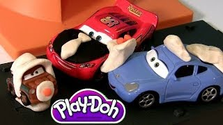 Play Doh McQueen & Sally Kissing Valentine