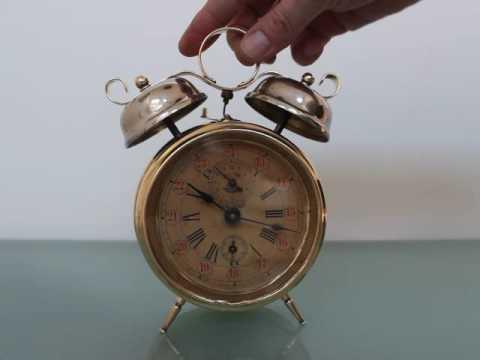 The Alarm Clocks - Yeah - No Reason To Complain