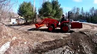 episode 20 Spring cleanup with the Kubota L2501 and trygg studded chains