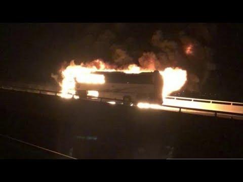 تفاصيل وفاة 35 شخصا في حادث حافلة بالمدينة المنورة  - نشر قبل 41 دقيقة
