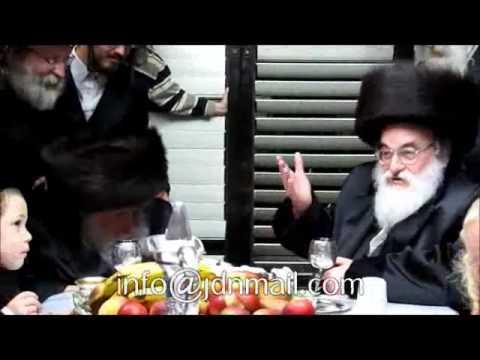 Visnitz Rebbe R' Mendel Visiting Melbourne Rabbi Iyar 5772