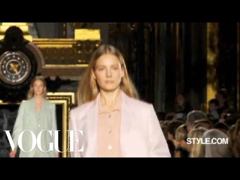 Fashion Show - Stella McCartney: Spring 2011 Ready-to-Wear