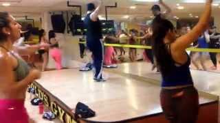"Luis Gavilán baila ""Mix de Festejo"""