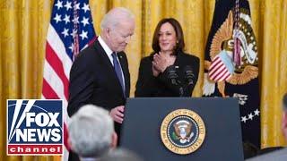 Al Sharpton to meet with Biden about Harris