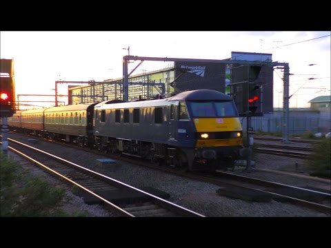 Trains at Rugby, WCML | 22/04/17