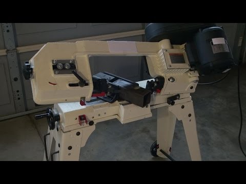Horizontal Bandsaw for Cutting Metals