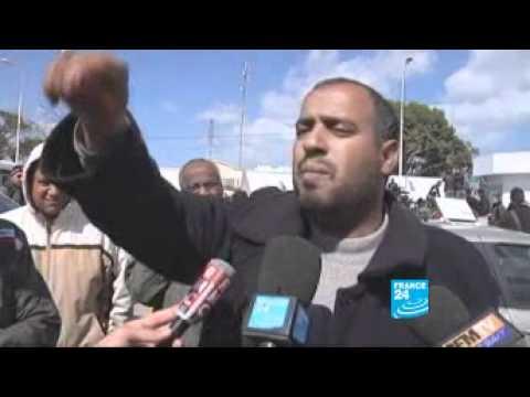 Les réfugiés libyens au poste-frontière de Ras Jdir, en Tunisie