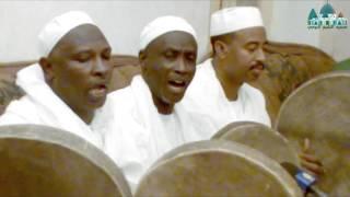 فيديو: إبداع صوتي المادح عبدالله الضحوي _ عليكَ نصلي