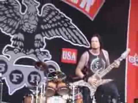 Download Five Finger Death Punch - The Bleeding (live) @ Soundwave Olympic Park Sydney Australia 23 Feb 2014