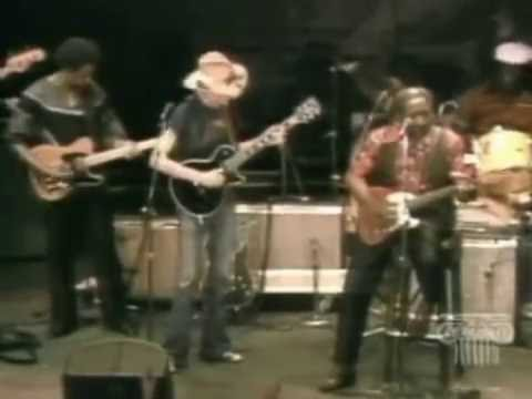 Muddy Waters ,  Johnny Winter, Mojo Buford  And  Blues  Band - Going Down Slow (Live)