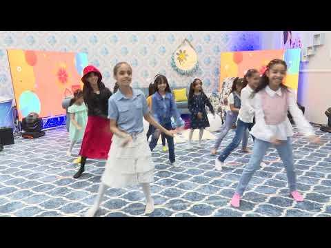 قناة اطفال ومواهب الفضائية استعراض بيت الزهور من حلقة بيت الزهور