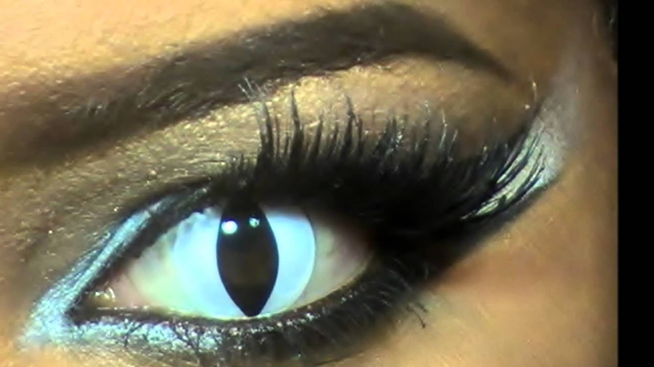 Halloween sexy eyes