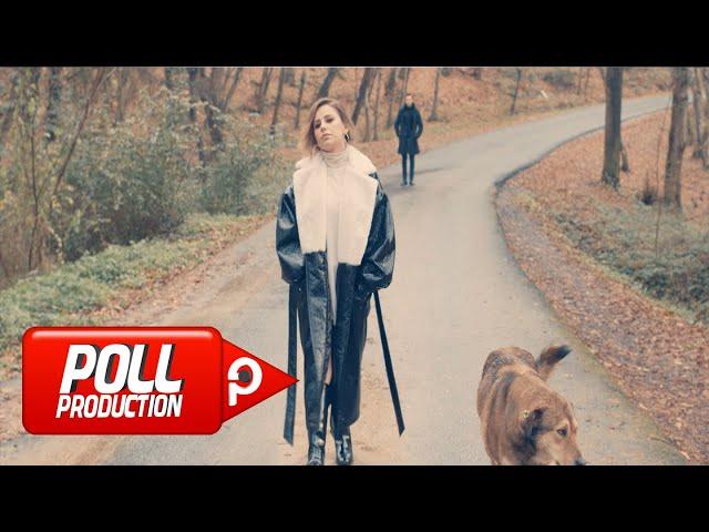 Merve Özbey - Hani Bİzim Sevdamız - (Official Video)