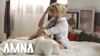 Amna Feat. What'S Up - Arme
