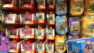 TOY HUNT!!! FORTNITE & WWE Action Figure Toy Hunting For Christmas 2018!!! #114