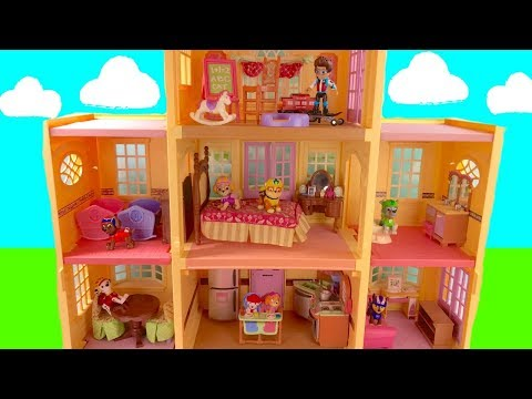 Paw Patrol's New HUGE House with Furniture