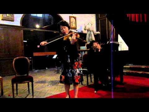 東条慧さん、パリの教会で独奏