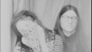 The Dead Weather - Hang You From The Heavens (Photo Booth Video)