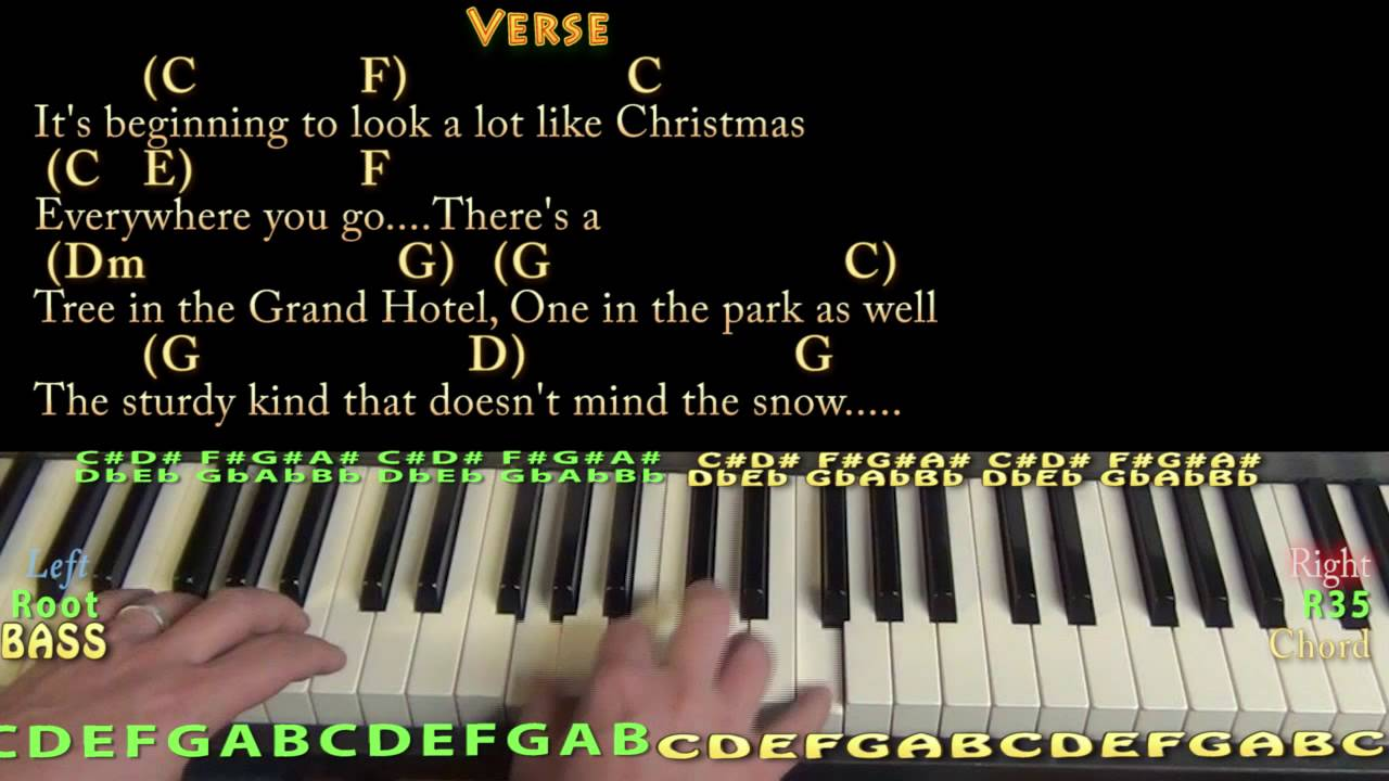 its beginning to look a lot like christmas piano cover lesson in c with chordslyrics - Its Beginning To Look Alot Like Christmas Bing Crosby