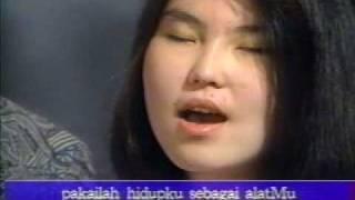 Betapa Hatiku with Lyrics and English Translation