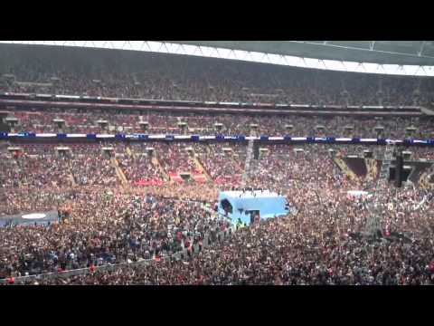 Psy-gentleman Live At The Summertime Ball 9/6/13