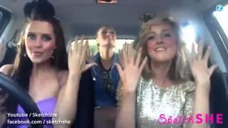 Diese musikalische Zeitreise endet mit drei nackten Frauen im Auto