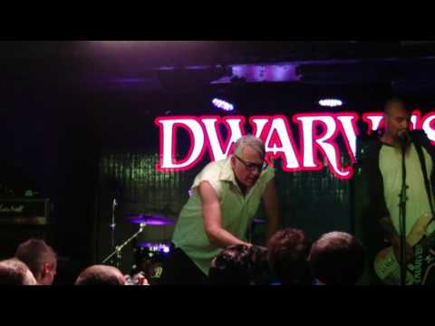 The Dwarves - Intro + How it's Done + I Will Deny + Everybodies Girl + Way Out - Paris - 01/08/2016