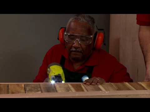 How To Make A Wooden Hall Table - D.I.Y. at Bunnings