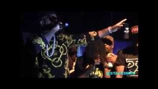 "Young Jeezy Performs ""Tear It Up"""