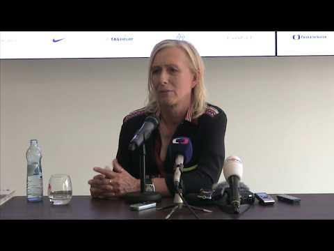 Martina Navrátilová po příjezdu na J&T Banka Prague Open