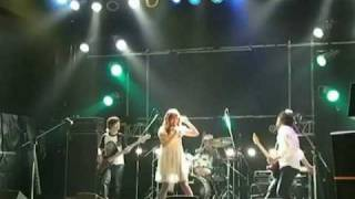 The olive-crown の「手と手 ~all together~」ライブPVを最近のと組み...
