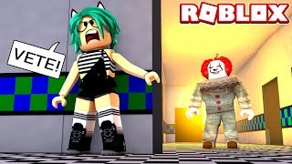 TROLLEO A ''IT'' SALE MUY MAL en HIDE AND SEEK de ROBLOX 😱
