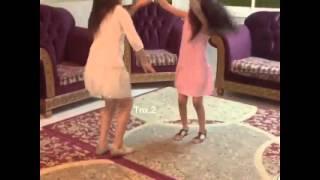 رقص بنات صغار على شيلات 6