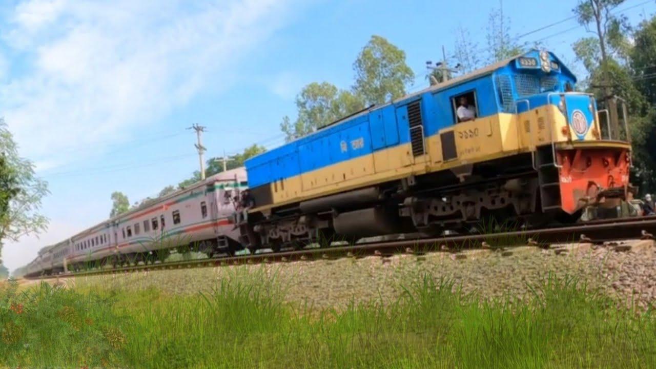 White Snak Kalni Express Train    Bangladesh Railway   4k