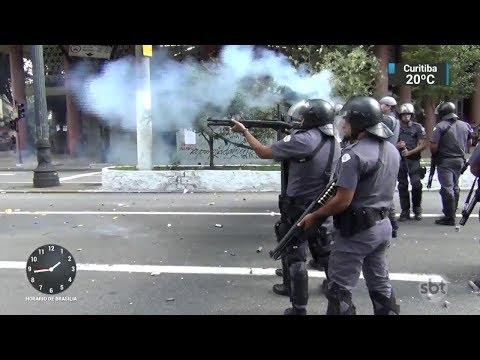 Professores municipais ficam feridos durante manifestação em SP | SBT Notícias (15/03/18)