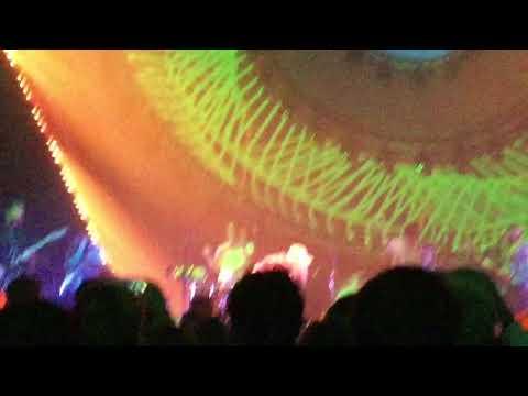 Hard Times - Paramore - Philadelphia - 10/6/17 live