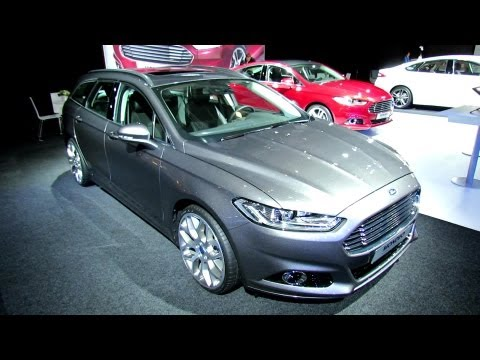 2013 Ford Mondeo Titanium 2.0 EcoBoost - Exterior and Interior Walkaround - 2012 Paris Auto Show